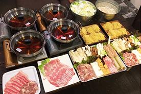 野菜・肉・豆腐・追加ダシ等の食材手配付き